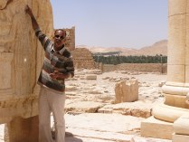 Beduin tour guide at Palmyra