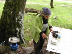 Frying fish for picnic supra