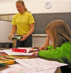 Susan teaching Children's Art Program NAU