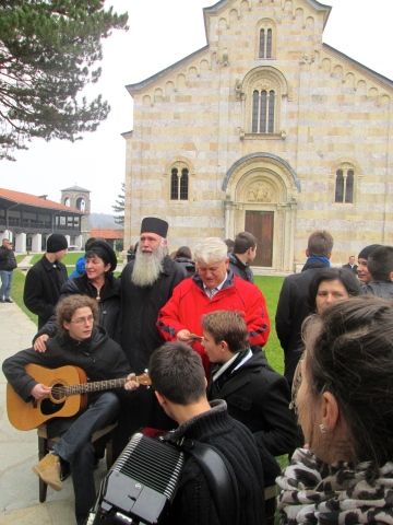 Folk music at Decani